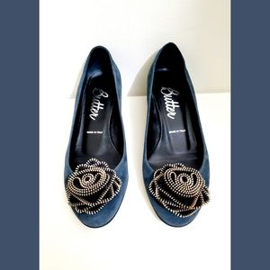 Butter Blue/Gray Suede Shoes with Silver Flower